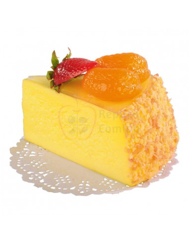 Réplica de Porción de tarta de queso con fresa y rodaja mandarina  7x10cm